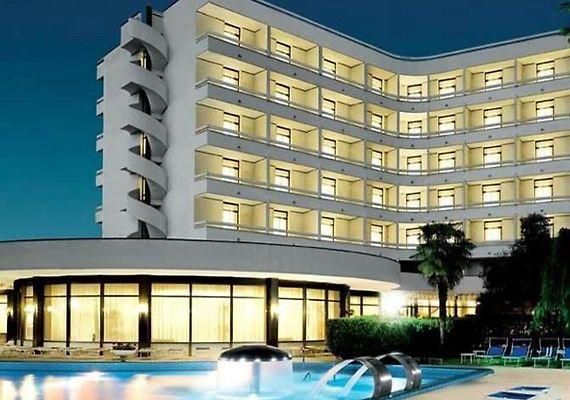 Hotel Commodore Terme モンテグ...